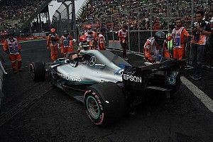 """Mercedes: El motor de Hamilton está a salvo de la """"inusual"""" falla de Bottas"""