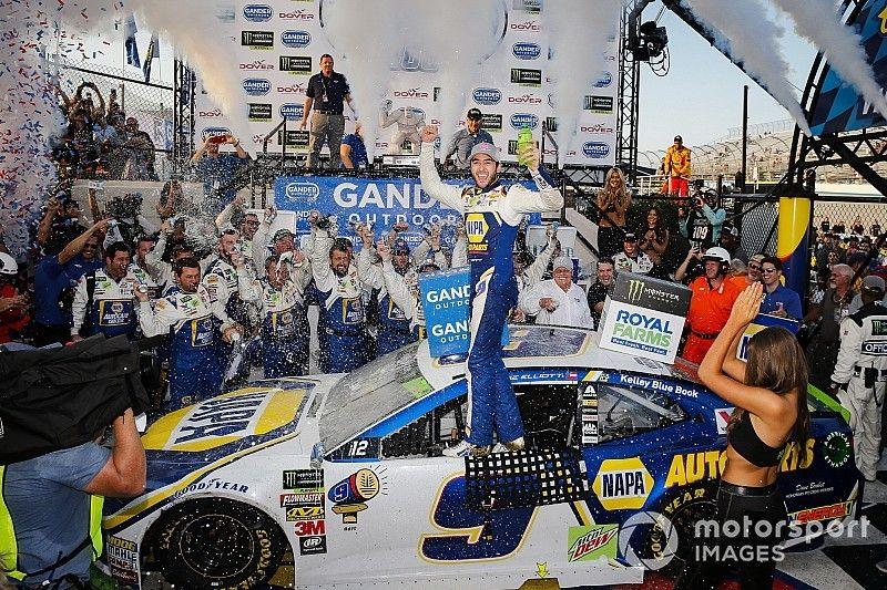 NASCAR in Dover: Chase Elliott staubt in spätem Chaos ab