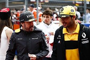 Alonso's exit a lesson for F1, says Sainz