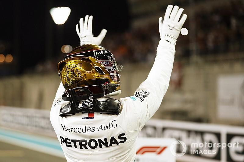 """Hamilton emotioneel na pole: """"Laatste kwalificatie met deze auto"""""""