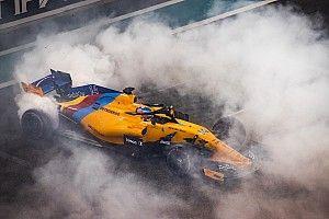 11 világbajnoki cím égette a gumikat Abu Dhabiban: Hamilton, Vettel, Alonso