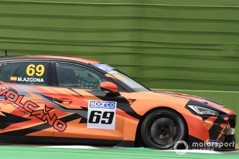 TCR Italy: Azcona domina gli autoscontri di Gara 2 ad Imola