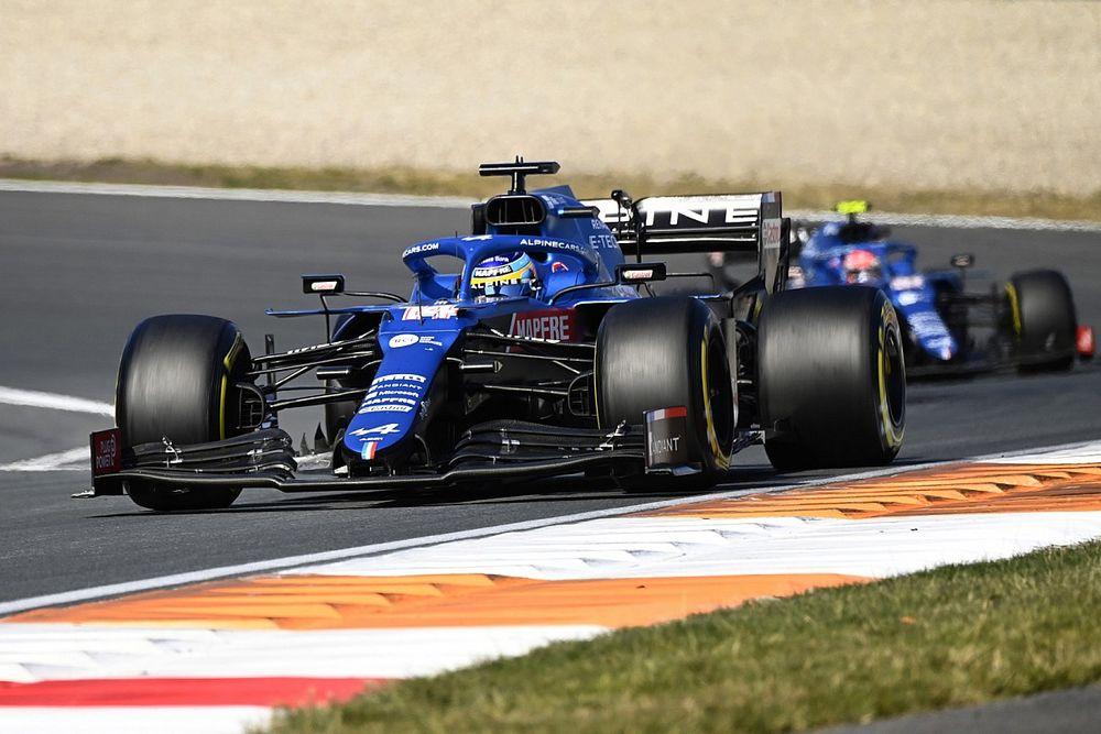アロンソ、最終周に同胞サインツJr.を抜いてオランダGP6位「今季ここまで最高のレースのひとつ」