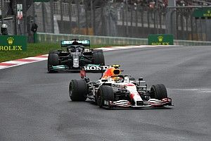 """Horner szerint Perez olyan keményen csatázott Hamiltonnal, """"mint Verstappen szokott"""""""