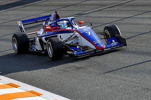 W Series Zandvoort: Kimilainen, Powell'ın önünde sezonun ilk pole pozisyonunu alıyor
