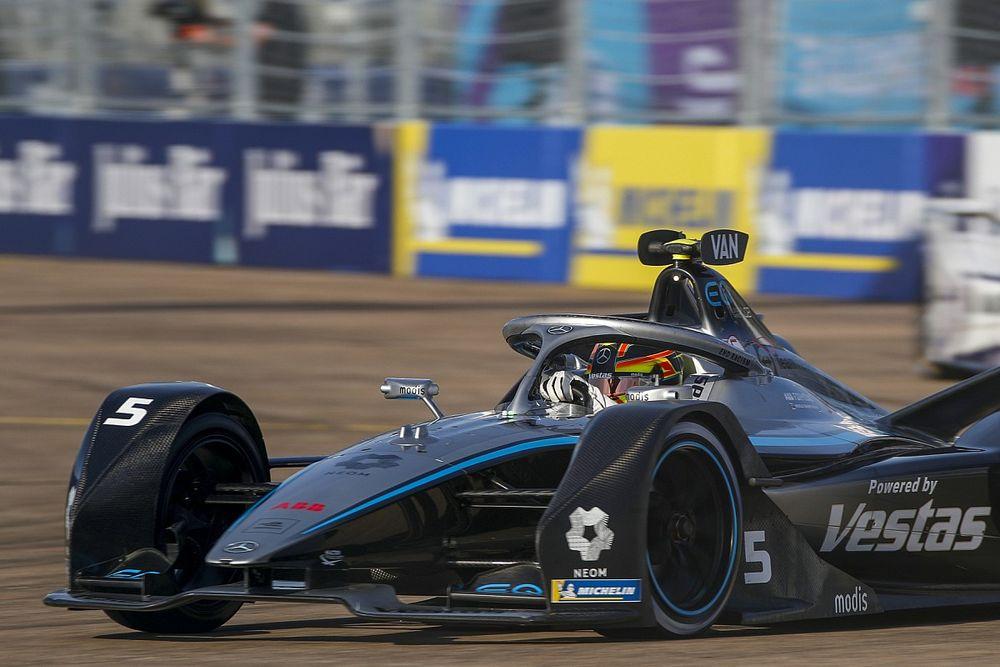 Berlin E-Prix: Vandoorne on pole, Evans top championship runner