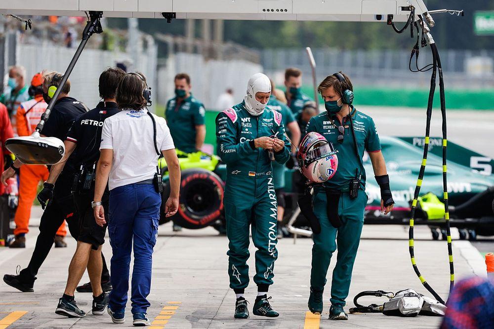Aston Martin, Vettel'le devam etmek istiyor