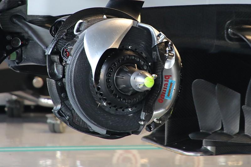 Mercedes: si sommano due flussi dalla campana dei freni?