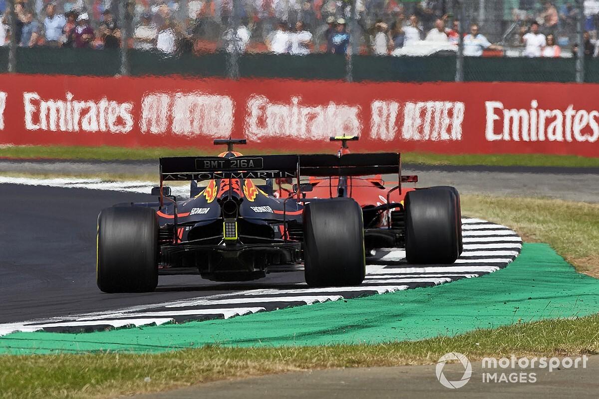 El mejor adelantamiento del año en F1... ¿ilegal?