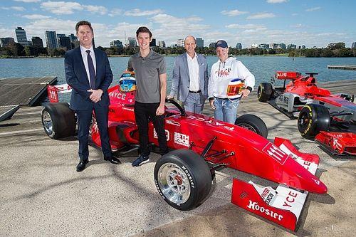 Operação Austrália: Barrichello chega ao país para sua volta aos monopostos