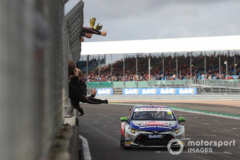 Silverstone BTCC: Ingram survives Plato contact to win Race 2