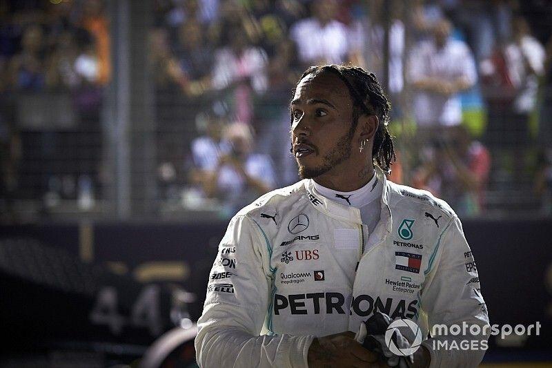 Hamilton explica estratégia da Mercedes que o tirou do pódio do GP de Singapura