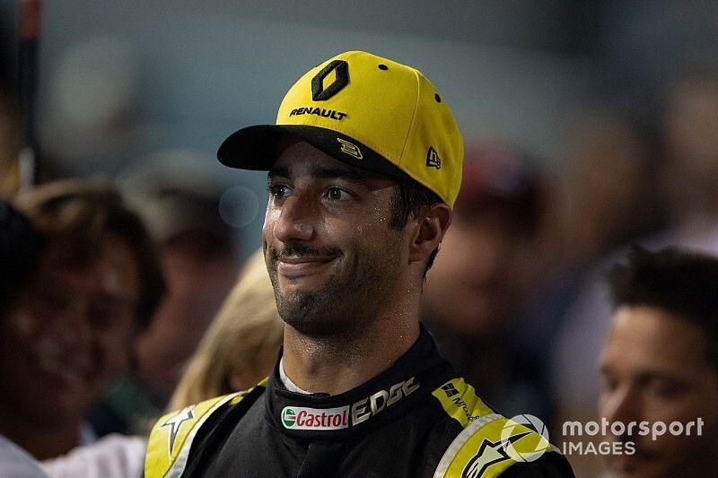 Ricciardo excluido de la calificación en Singapur