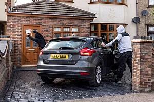 ¿Cuánto se tarda en robar un coche, con acceso y arranque sin llave?