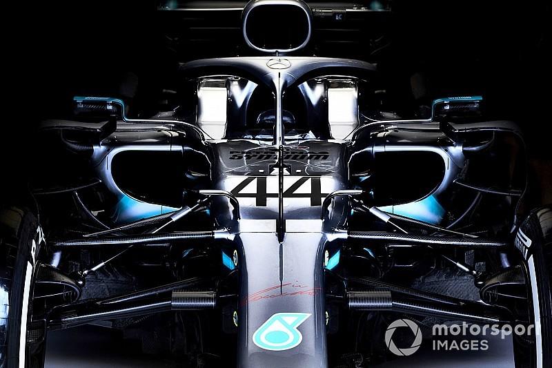 Hamilton nem aggódik amiatt, hogy tönkremehet a motorja a futamon