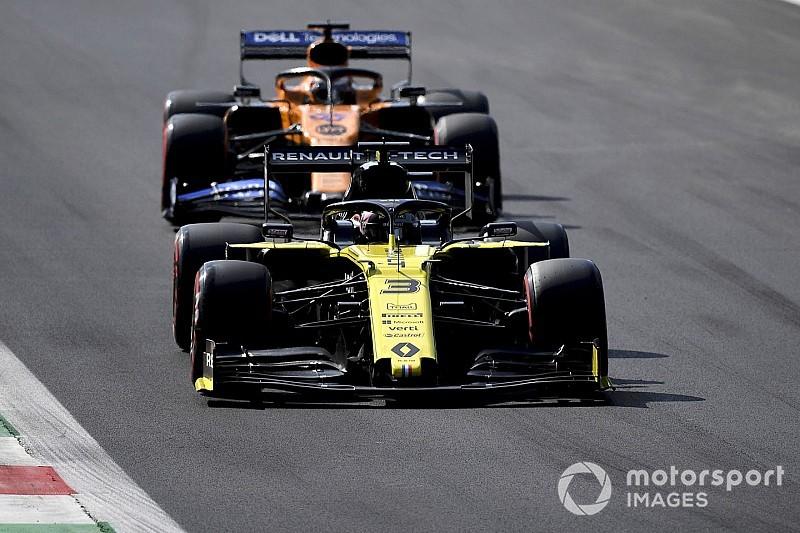 Прост: Успех в Монце снял давление с Renault