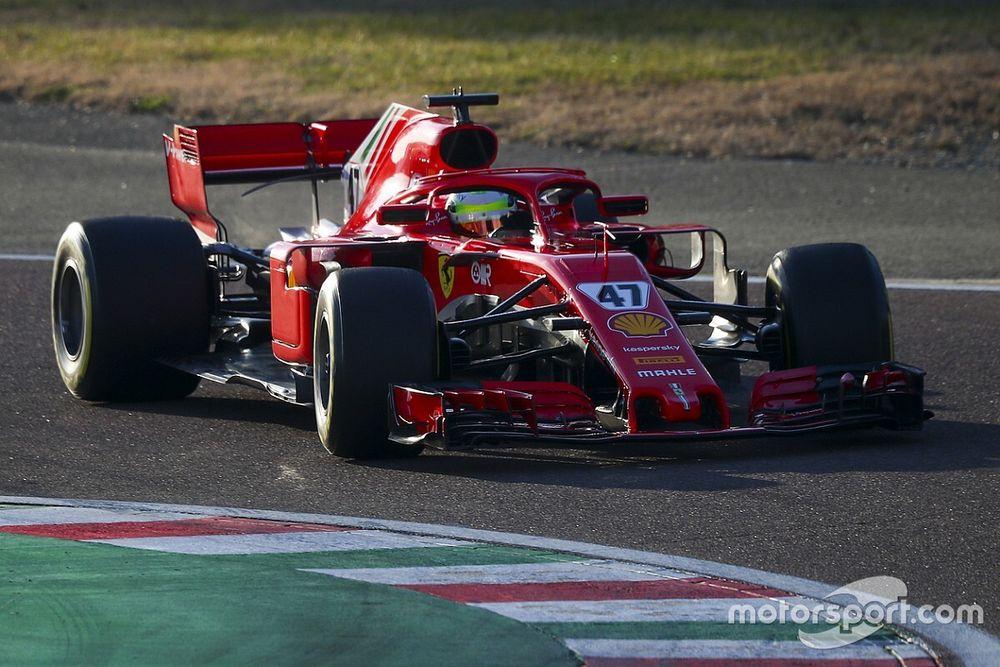 """Schumacher, pistteki """"olumlu"""" günün ardından çok mutlu"""