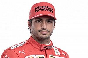 """Sainz ve """"complicado"""" vencer a Leclerc este año"""