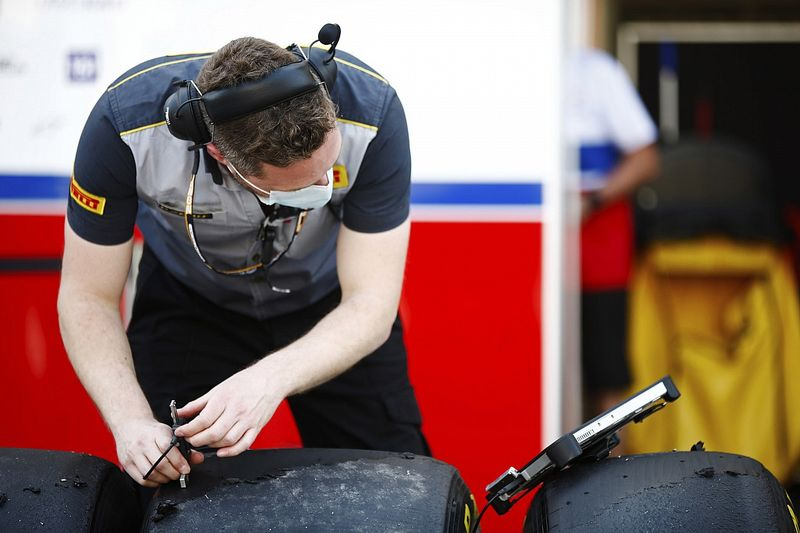 F1 teams face new cold pressure tyre checks from French GP
