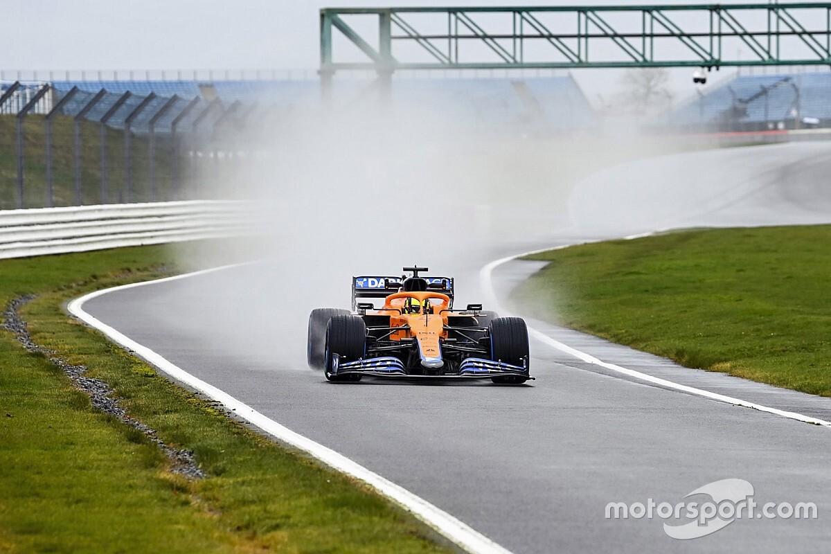 VIDEO: McLaren MCL35M in actie op Silverstone