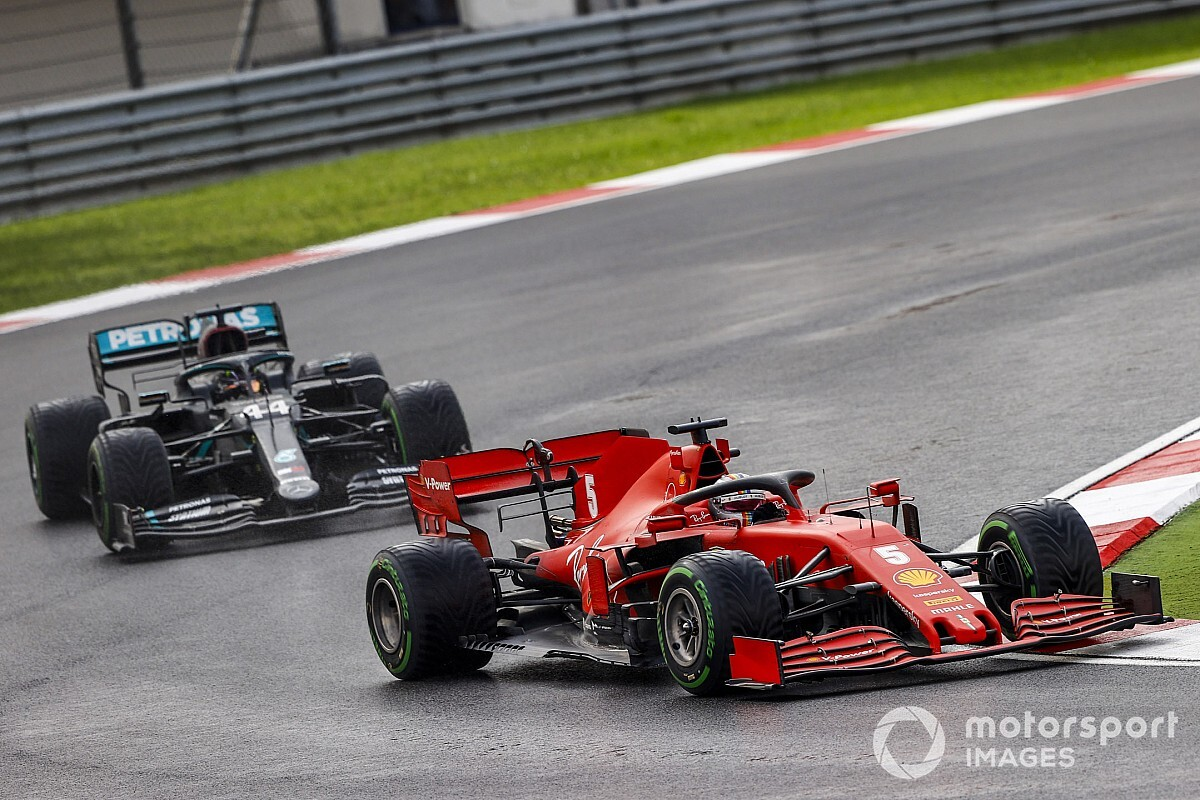 Vettel: Szeretnék Lewis mellett versenyezni!