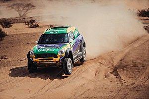 Dakar: Spinelli e Haddad superam dois furos de pneus e seguem na disputa