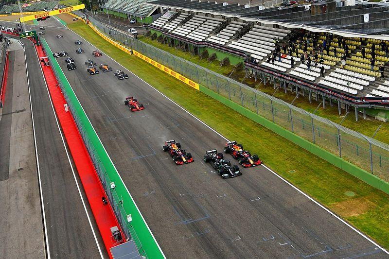 F1: Verstappen ficou surpreso com desempenho em largada em Ímola