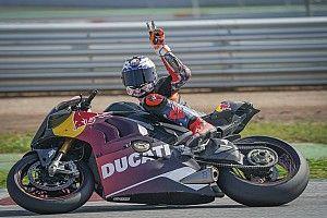 Cumbre de pilotos de MotoGP este martes en Montmeló en un test privado