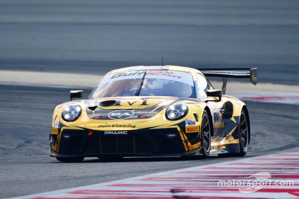 Porsche na czele FP1