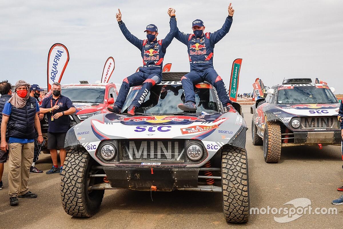 Dakar 2021: Peterhansel 14. alkalommal lett bajnok, új győztest avattak a motorosok