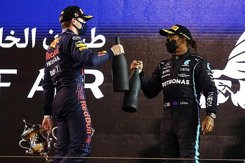 """Verstappen: """"Hamilton é definitivamente um dos melhores da história da F1"""""""