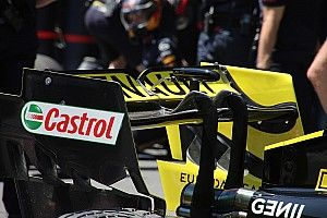Renault revises rear wing to add more downforce