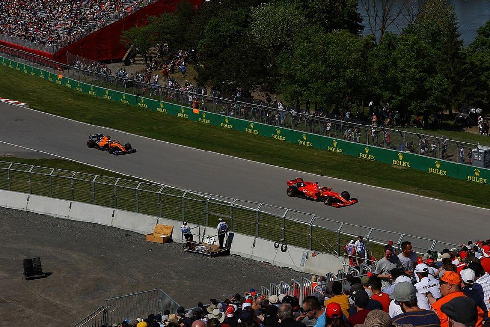 'Ferrari doet Vettel tweede aanbieding, Sainz mogelijk plan B'