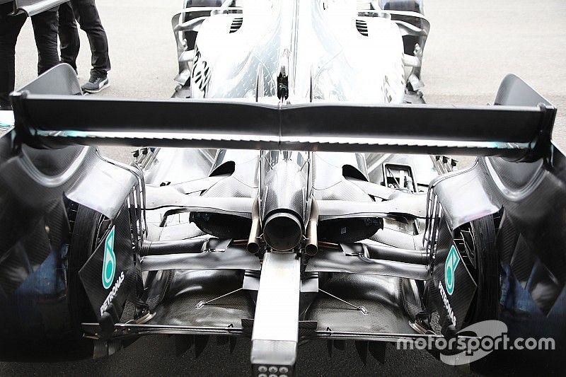Mercedes: si cerca la massima efficienza anche con i... denti di squalo