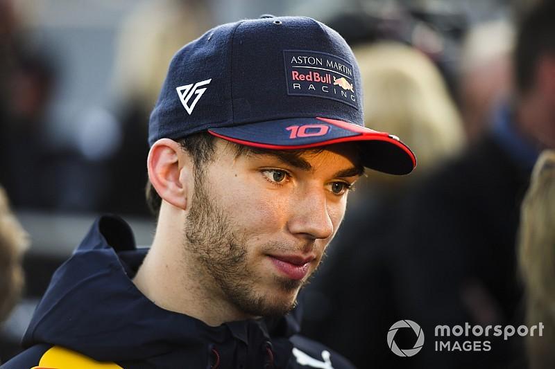 Gasly: A Mercedes messze van, a Ferrarival csatázunk
