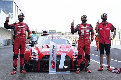 スーパーGT第3戦鈴鹿|3度のSC導入という大荒れの中、23号車ニスモが今季初V