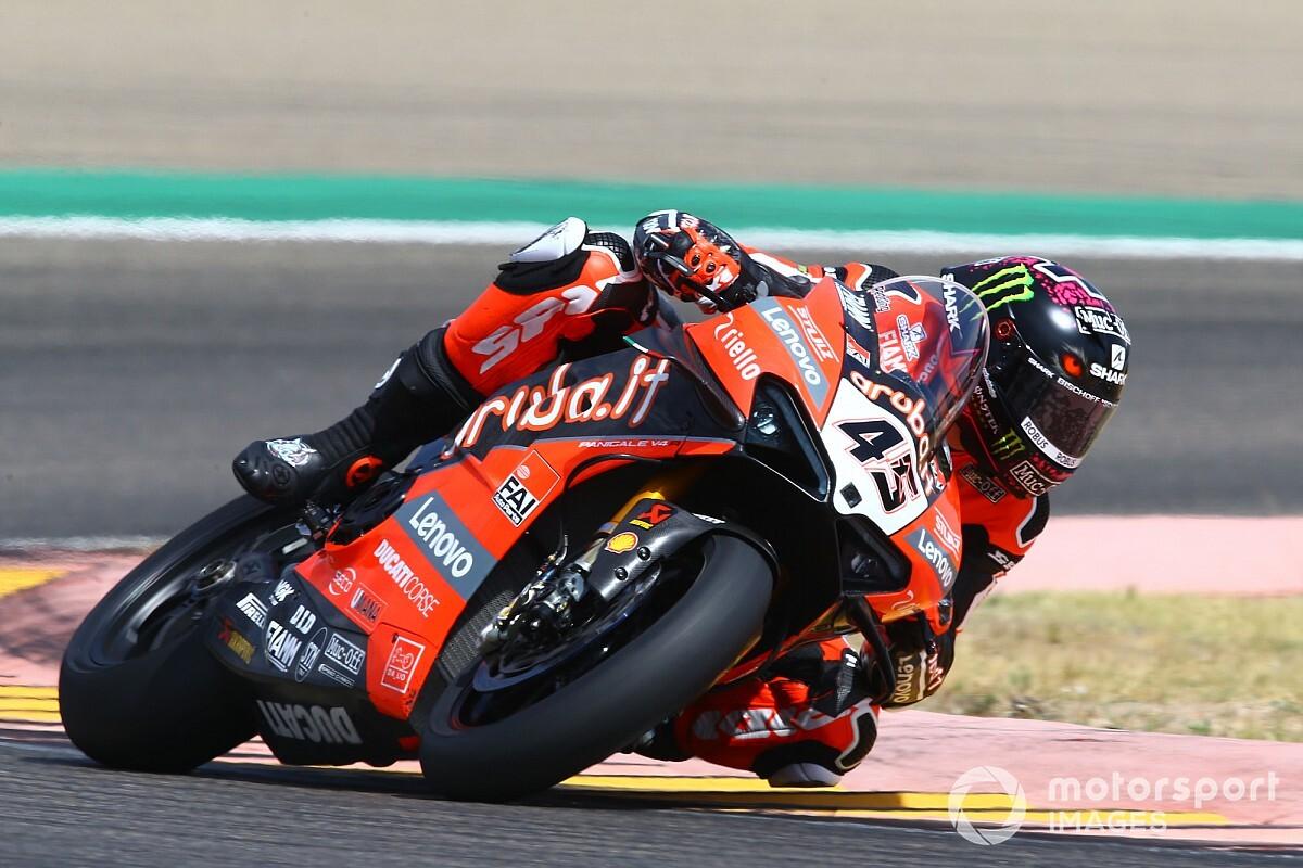Scott Redding en tête du championnat grâce au doublé Ducati