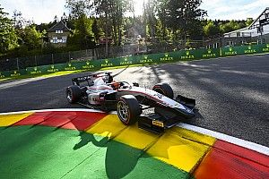 Судьи отобрали у Мазепина победу в первой гонке Формулы 2 в Спа