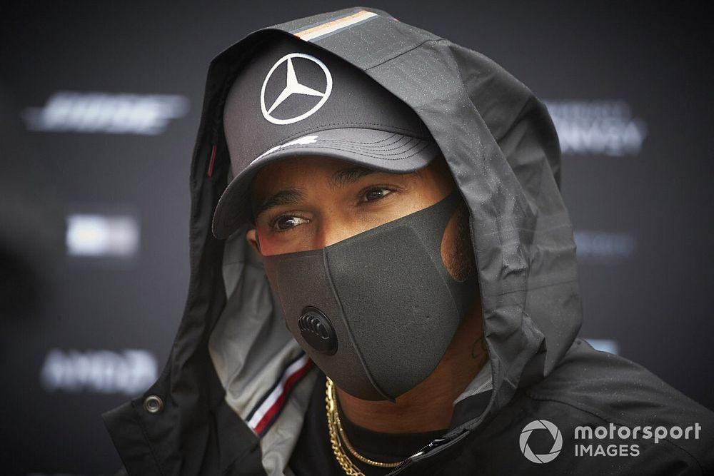 Renault bromea: ¿Hamilton compañero de Alonso en 2021?