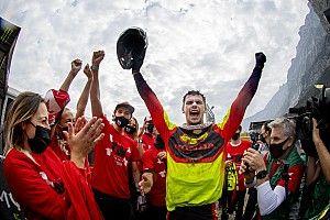 Gajser Jagokan Roczen di Kejuaraan Dunia Supercross
