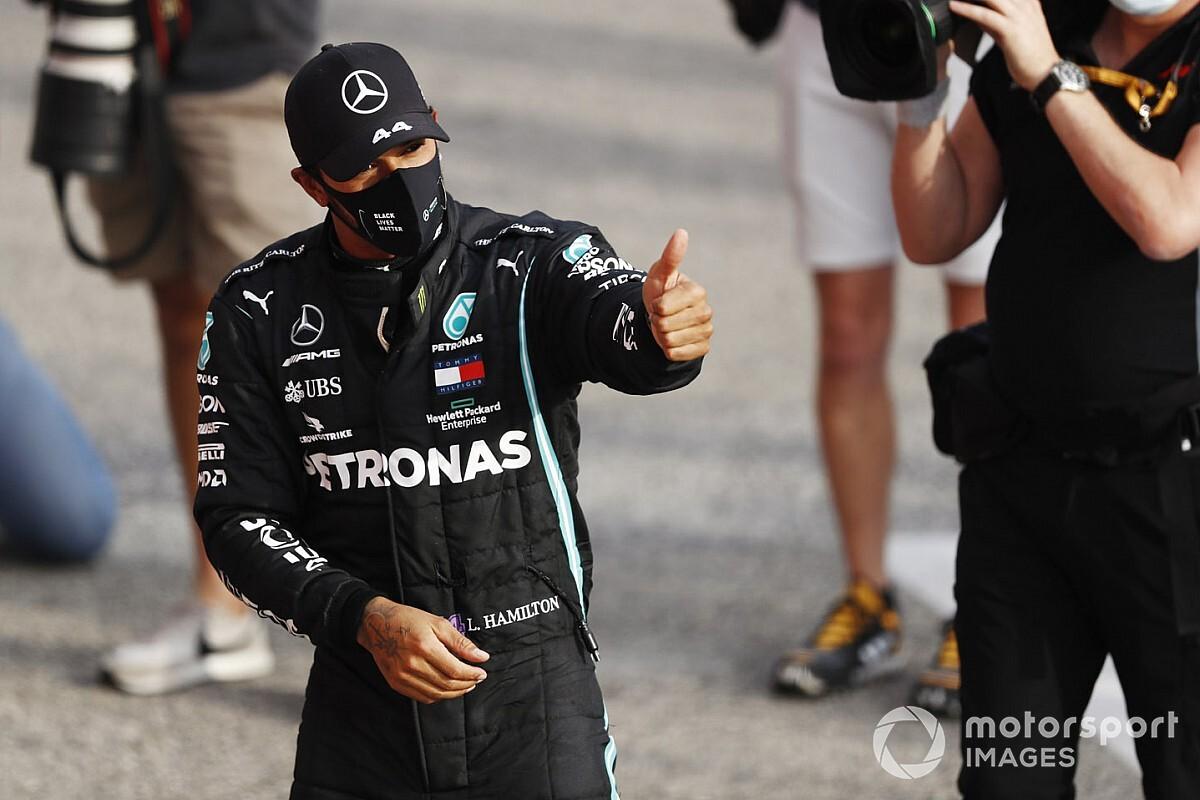 «Льюис уйдет туда, где больше денег». Экс-пилот Ф1 предсказал уход Хэмилтона из Mercedes