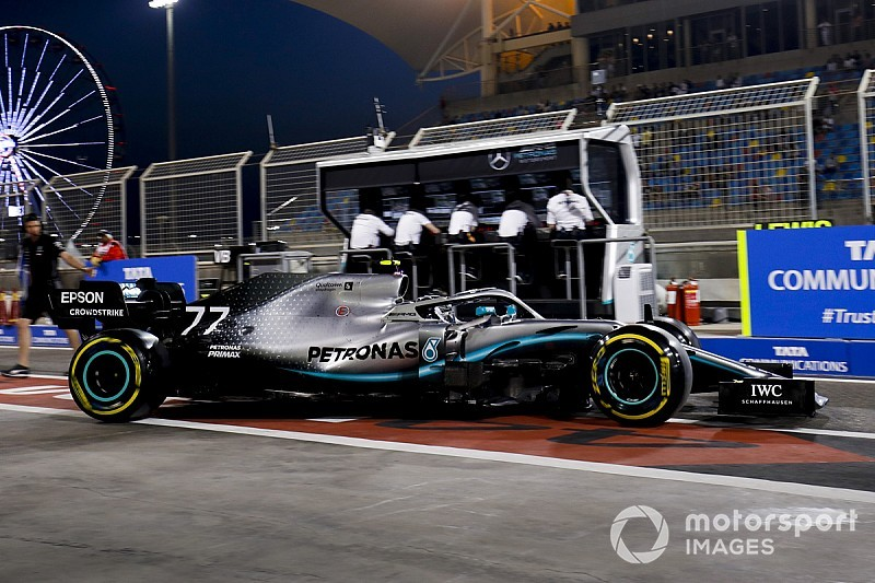 """Wolff: """"Ferrari a peut-être très légèrement l'avantage"""""""