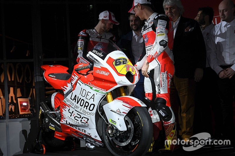 Vernissage a Milano per l'alleanza di Moto2 tra MV Agusta e Forward Racing