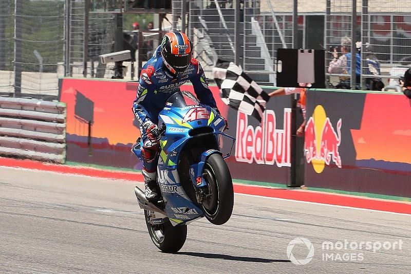MotoGP Austin: Rins bezwingt Rossi, Marquez stürzt in Führung liegend