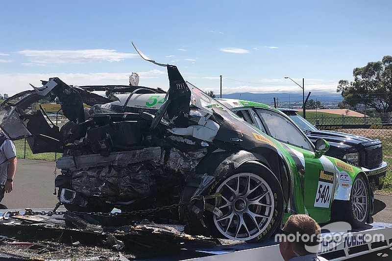 Early crashes take toll on Bathurst field