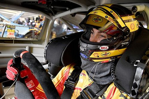 Joey Logano takes Stage 1 win with two-tire call