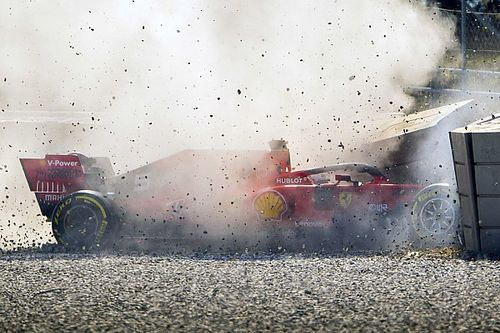 Ferrari revela motivo do problema que causou batida de Vettel