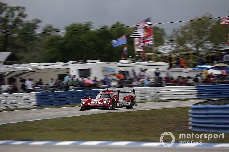 Sebring 12 Hours, Hour 4: AXR Cadillacs run 1-2