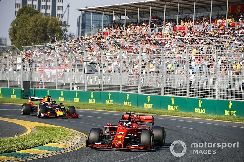 "Vettel expects six drivers to ""have a say"" in F1 title battle"