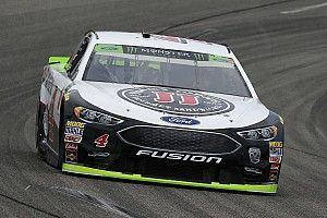 "Harvick: ""I needed about 25 more laps"" to pass Kyle Busch"